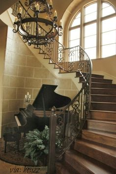 In the corners of old castles, music is hiding. No idea what this home looks like, but it seems as though it could be a Victorian style plantation or a medieval castle! #piano #room #grand