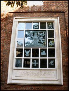 Innholders' Company livery hall window by garethr1, via Flickr