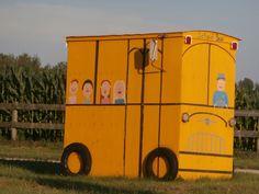 school bus shelter in form of school bus near stayner ontario