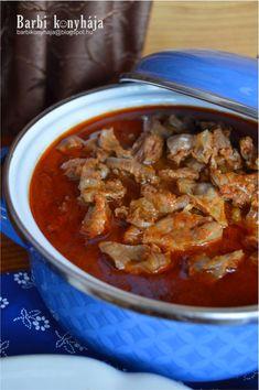 Barbi konyhája: Csirkeszívből és zuzából vegyespörkölt Chili, Curry, Barbie, Soup, Cooking Recipes, Foods, Dishes, Ethnic Recipes, Blog