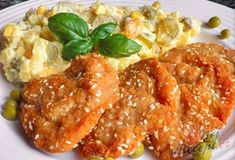 Kuřecí řízečky se sezamem a trochu jiný bramborový salát | NejRecept.cz Salad Recipes, Food And Drink, Detox, Potato Salad, Top Recipes, Meat
