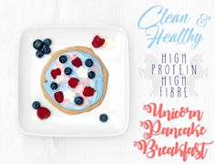 Bio live yoghurt, high protein, high fibre, with blueberries, raspberries and butterfly pea flower! Yogurt, Breakfast Pancakes, Breakfast Recipes, Butterfly Pea Flower, Health And Fitness Tips, High Protein, Blueberry, Raspberry, Rezepte