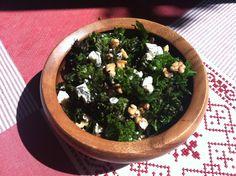 kale salad with lemon garlic dressing