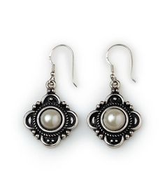 From our Dixie collection, these decorative antique silver earrings with white pearls add elegance to any look. South Hill Designs, Boot Bling, Karen, Michael Kors Tote, Pearl White, Savannah Chat, Antique Silver, Designer, Fashion Jewelry