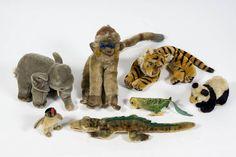 7 alte, exotische STEIFF-TIERE… Zum Beispiel Elefant, Krokodil, Affe, Tiger, Panda usw.