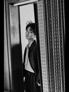 #YESUNG to release his first mini album 'Here I Am' on April 19, 0AM (KST)  #SUPERJUNIOR #HereIAm #News @SUPERJUNIOR_EN