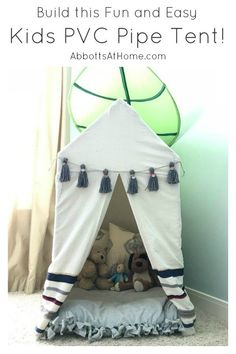 Plans to Build this easy Kids PVC Pipe Tent with drop cloth cover. PVC pipe play house tent build for kids. How to Make a Play Tent. Pvc Pipe Tent, Pvc Tent, Pvc Pipes, Projects For Kids, Diy For Kids, Diy Projects, Sewing Projects, Diy Simple, Easy Diy