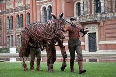 Michael Morpurgo and Rae Smith: War Horse Michael Morpurgo, V & A Museum, Theatre, War, Horses, Animals, Animales, Animaux, Theatres