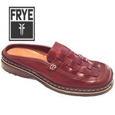 Frye mules sandals flats New condition no wear, very comfortable for a day out scrolling the parks. Very clean as well. Frye Shoes Mules & Clogs