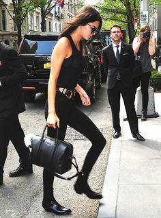 9+Style+Secrets+to+Dressing+Like+a+Celebrity+via+@WhoWhatWear