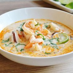 Thai coconut shrimp soup This recipe uses a lot of ingredients common in Thai cooking to make a delicious and spicy soup featuring shrimp and shiitake mushrooms in a coconut milk flavored broth. Coconut Soup Recipes, Thai Coconut Soup, Thai Recipes, Seafood Recipes, Asian Recipes, Healthy Recipes, Coconut Chicken, Lemongrass Soup Thai, Salad