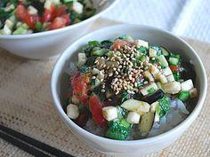ヘルシーでボリュームたっぷり 夏野菜のネバネバ丼 ©AllAbout