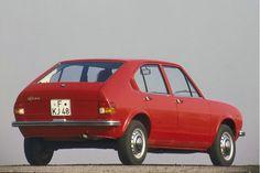 Retro Cars, Vintage Cars, Alfa Romeo Alfasud, Toyota Aygo, Auto Motor Sport, Alfa Romeo Cars, City Car, Fiat, Cars And Motorcycles