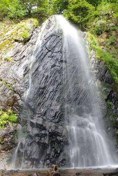Cantal : la cascade de Queureuilh, près du Puy de Sancy.