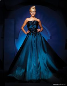72e59117ee9 Astonishing Dark Royal Blue Taffeta Black Lace Strapless Sleeveless Ball Gown  Quinceanera or Anytime Dress