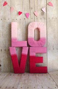LOVE yarn letters tutorial - perfect for kids bedroom decor or Valentines Day! yarn letters tutorial - perfect for kids bedroom decor or Valentines Day! Source by prettyprovidnce. Valentines Day Decorations, Valentine Day Crafts, Holiday Crafts, Holiday Fun, Valentine Wreath, Valentine Ideas, Winter Decorations, Homemade Valentines, Diy Christmas