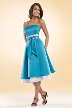 Strapless A-line with zipper back satin bridesmaid dress. I love the color combo and the bottom half.