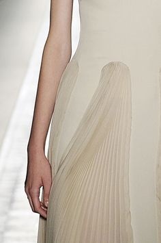 voyager-christophe-josse-fall-2012-couture. V