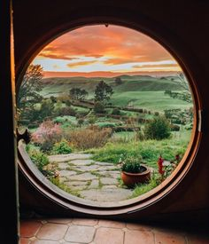 Photography by Tara Milk Tea Traveller & Creative ☀︎ Girl from Sydney 🐨 Hobbit Hole, The Hobbit, Tara Milk Tea, Morning View, Window View, Gandalf, Beautiful Architecture, Beautiful Landscapes, Middle Earth