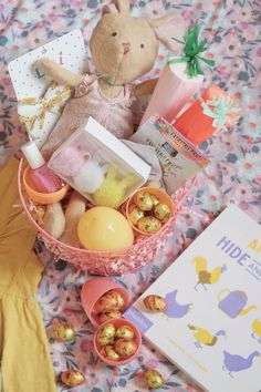 Baby, Toddler, and Preschooler Easter Basket Ideas // babyeasterbasket Baby Easter Basket, Easter Baskets, Easter Bunny, Easter 2021, Book Baskets, Easter Story, Boyfriend Crafts, Valentine's Day Diy, Basket Ideas