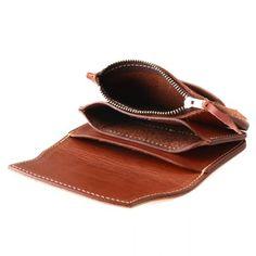トレンドのミニバッグをコーデに取り入れたいけど、 そうすると長財布がバッグにはいらない↓↓ そんな時におすすめなのはミニバッグにも入れても、 パンツのポケットにも入れても邪魔にならないコンパクトなミニ財布♡ REDMOON ...
