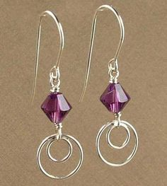 Simple and modern come together to create an aura of sophistication in this Amethyst earring kit. These earrings combine two… Simple and modern come together to create an aura of sophistication in this Amethyst earring kit. These earrings combine two… Amethyst Earrings, Bead Earrings, Crystal Earrings, Mint Earrings, Double Earrings, Jewelry Design Earrings, Helix Earrings, Cartier Jewelry, Pearl Beads