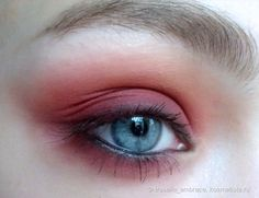 NYX Full Throttle Eyeshadow Palette 08 Color Riot
