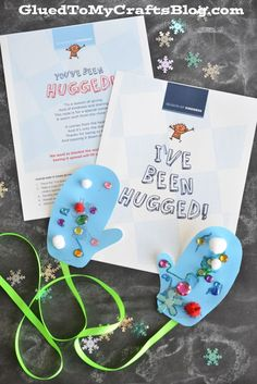 Cover The World In A Blanket of Hugs - Craft Idea & Free Printable AD