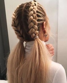 Stylish best hairstyles with braids you can wear any time 10