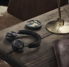 Wearables / CES 2015 - Bang & Olufsen BeoPlay H8 - Premium wireless active noise cancellation on-ear headphones designed by Jakob Wagner.