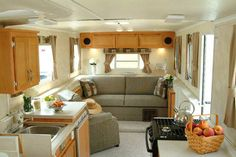 trail manor-travel-camper-interior