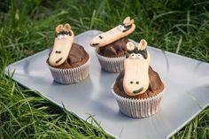 Pferde-Muffins sind schnell und einfach gebacken. Für alle Pony Liebhaber & Freunde von Muffins. Geburtstagsmuffins für große Freude. Ein einfaches Rezept.