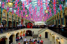 Walking in London – Three Itineraries from Notting Hill to Tower Bridge