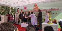 Honourable Governor Anandiben Patel giving awards International Yoga Conference, Competition and festival 2019 Conference, Competition, Awards, Wrestling, Yoga, Fun, Lucha Libre, Yoga Tips, Lol