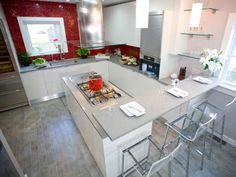 Learn how to incorporate Formica laminate countertops into your kitchen design with these ideas from HGTV.com.