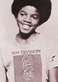Designspiration Micahel Jackson in the iconic Peter Saville designed Joy Divsion Unknown Pleasures T-shirt