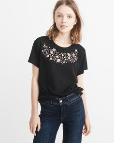 A&F Women's Embroidered Boyfriend Tee in Black - Size M