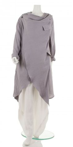Signature asymmetric lagenlook soft silver-grey jacket from our special European designer Champagne. Fabulous striking and quirky versatile piece easily dressed up or down, for special occasions or casual wear. Matching trouser also available on www.idaretobe.com