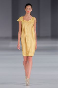 Asymetric dress by Who