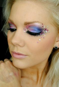 . Rhinestones around the eyes always look amazing!
