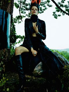 Champ Magnétique | We are so Droeë Alisa Ahmann by Greg Kadel for Numéro #177 October 2014