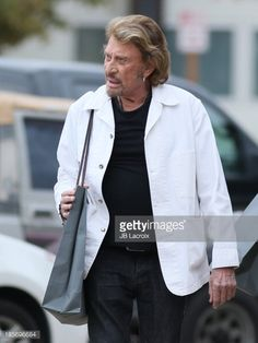 Photo d'actualité : Johnny Hallyday is seen on October 23, 2013 in...