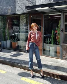 썸데이 V넥 루즈핏 니트티 - 유피룩 20/30대 패션순위 - 유피룩