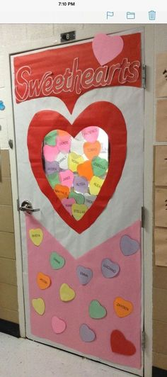Valentine's day classroom decoration is always fun. Here are the best Valentine's Day Classroom Door Decoration Ideas which kids and teachers will love. Kindergarten Classroom Door, Halloween Classroom Door, Preschool Door, Kindergarten Crafts, Preschool Kindergarten, Class Door, Classroom Decor Themes, School Decorations, Classroom Ideas