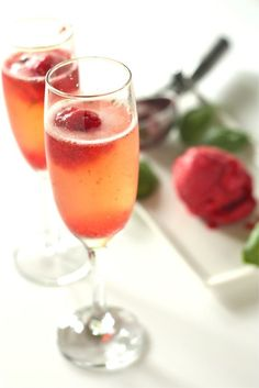 Strawberry Basil Sorbet Bellinis - www.countrycleaver.com #weightlossmotivation