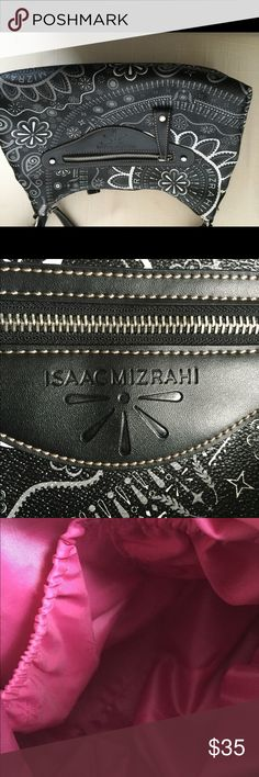 BRAND NEW ISSAC Mirahi purse Never been used. Purchased on QVC Isaac Mizrahi Bags Shoulder Bags