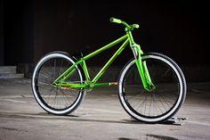 Street Bikes, Road Bikes, Dartmoor Bikes, 24 Bmx, Montain Bike, Dirt Jumper, Bmx Dirt, Mtb Bicycle, Dirtbikes