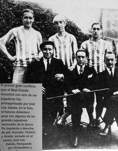 Zabala y Pichichi. El Delantero Centro internacional del R Oviedo 1929..en la foto con Pichichi