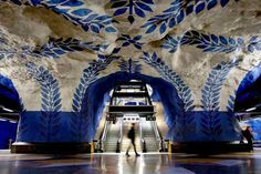 u bahn station kunst design art city underground architektur stockholm Stockholm Metro, Stockholm Sweden, Visit Stockholm, Ikea Stockholm, Stockholm City, Metro Subway, Subway Art, Nyc Subway, World's Most Beautiful