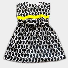 A quintessential girl's frock - cooliyo.com